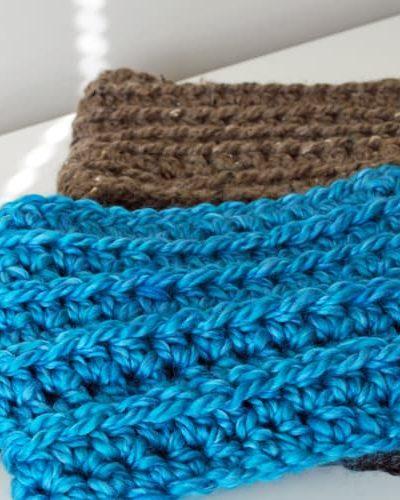 easy-crochet-cowl-by-inspirednest2.jpg