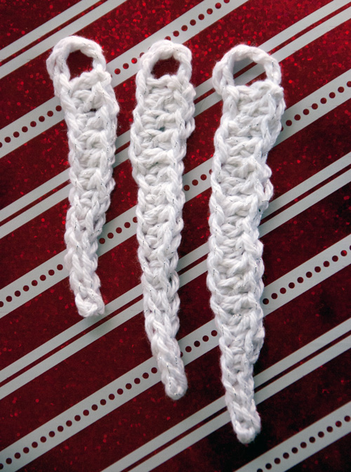 Free Crochet Icicle Ornaments and Gift Toppers Patterns by Moogly