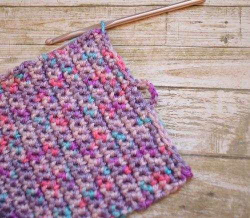 easy crochet pouch
