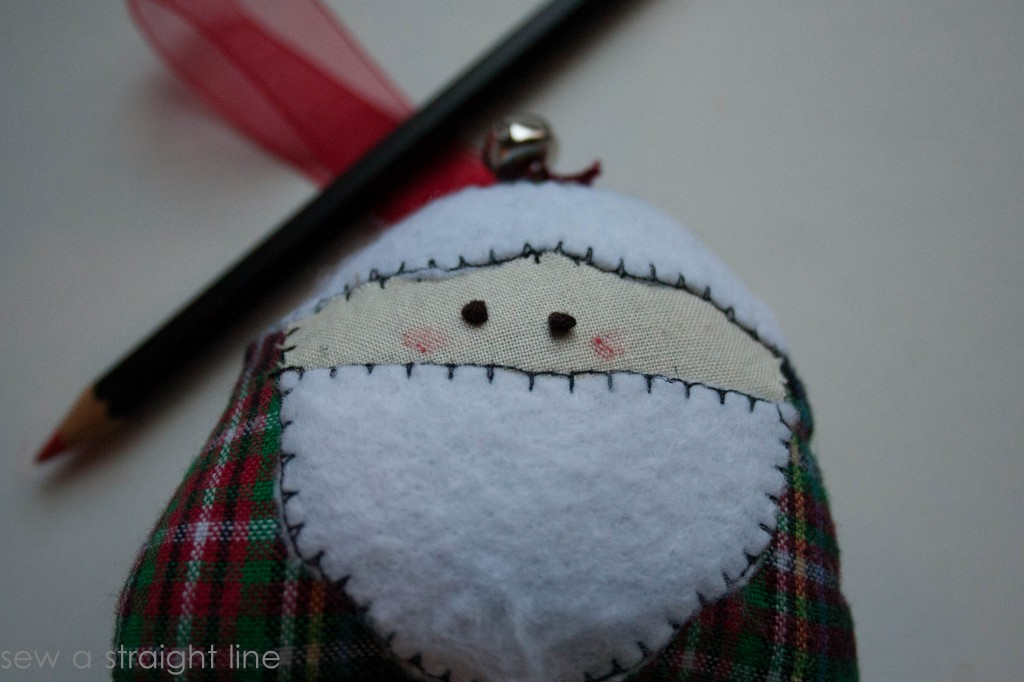 santa face ornaments sew a straight line-1