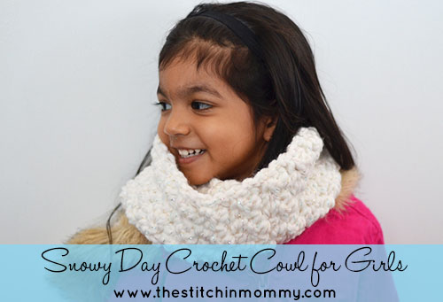 Snowy Day Crochet Cowl for Girls