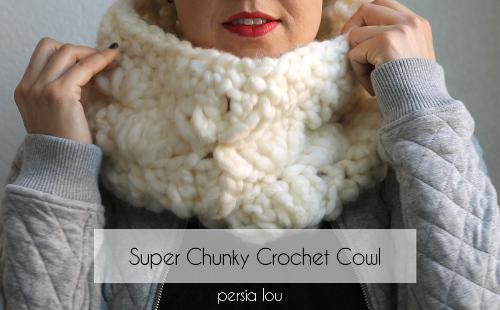 super chunky crochet cowl 3