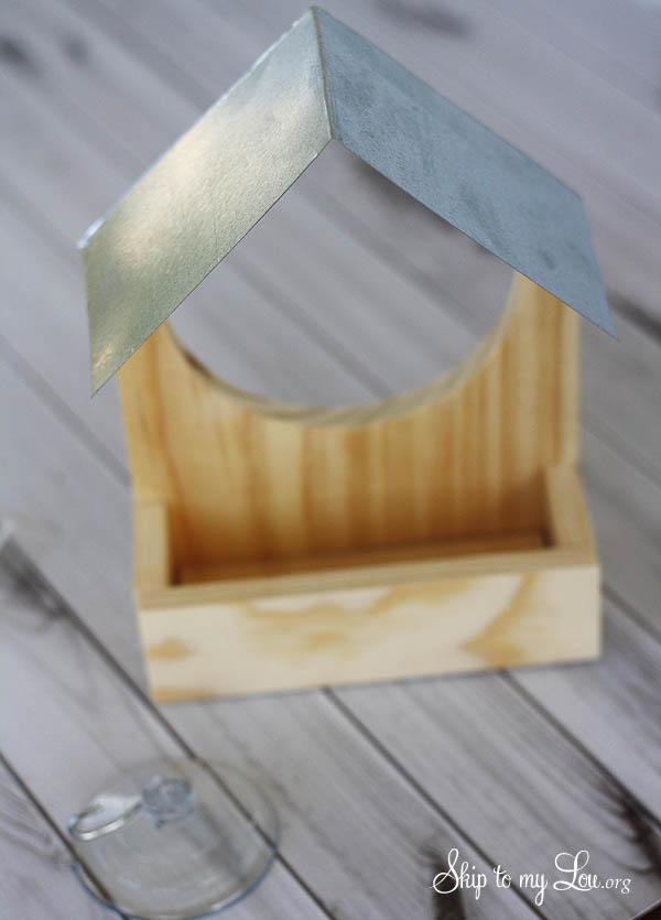 wooden birdfeeder glue on roof