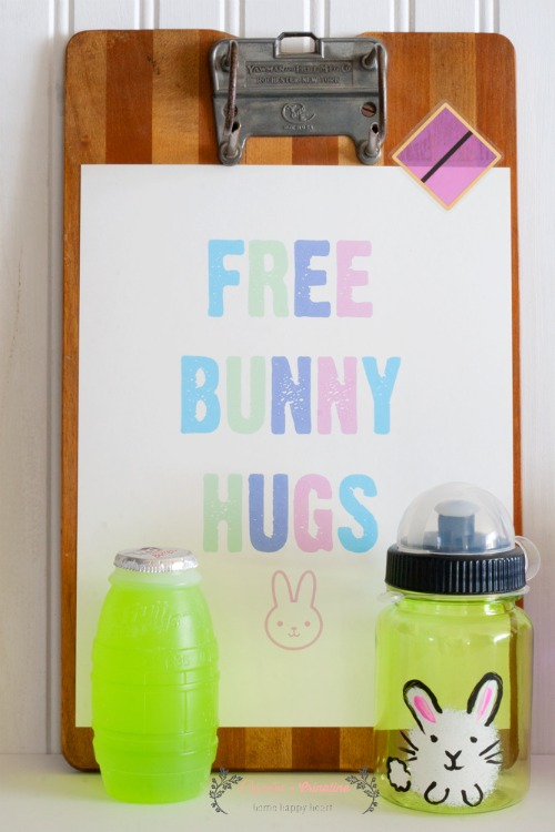 Free Bunny Hugs Hand Painted Bunnies on Water Bottles with Matching Drinks ~ great kids Easter party treat from cupcakesandcrinoline.com