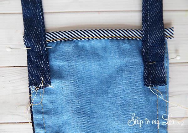 denim pouch stap detail