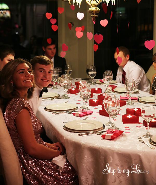kids having dinner before dance