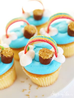 St-Patricks-Day-cupcakes.jpg