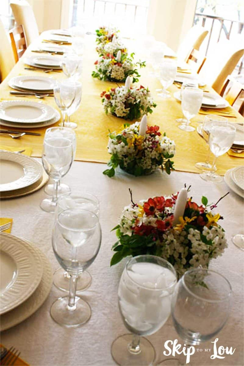 set table with flower centerpieces