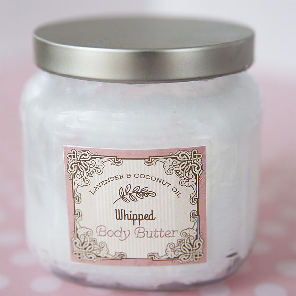 Homemade Bar Ideas: Coconut Oil Whipped Body Butter {with Printable Labels