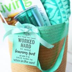 end-of-year-teacher-gift-beach-tote.jpg