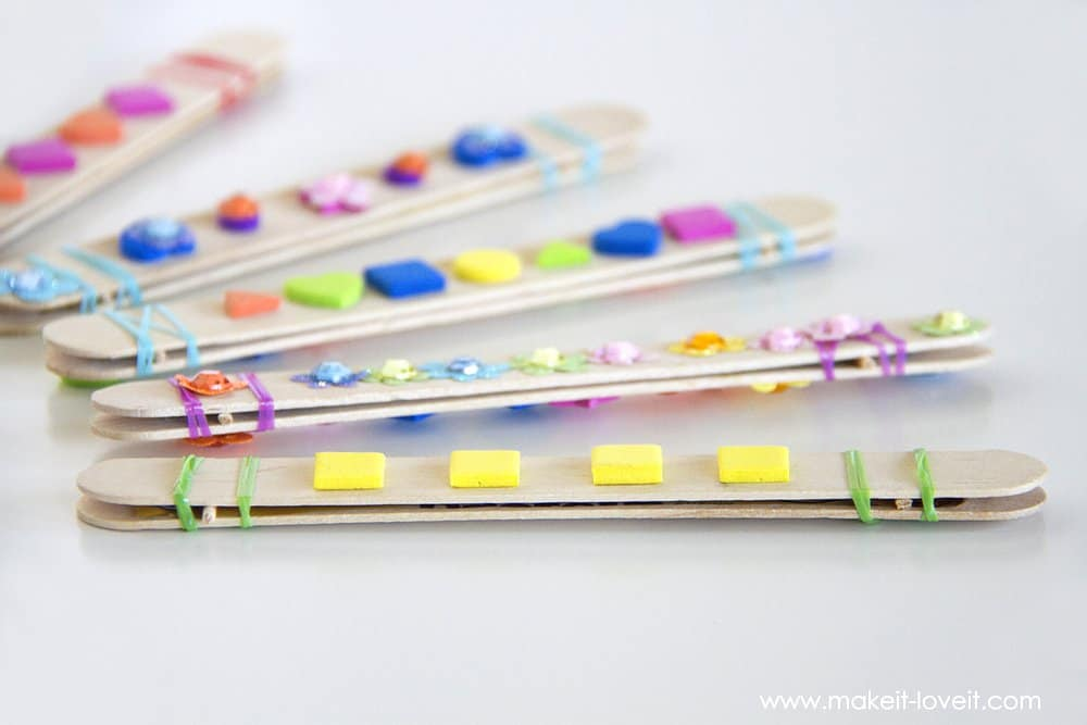 Diy craft stick harmonica kids activity skip to my lou - Manualidades con palitos ...
