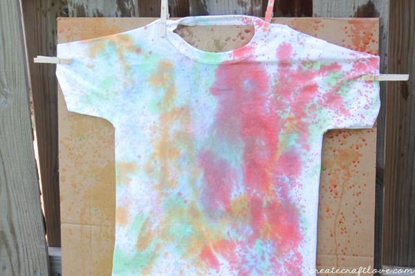 squirt gun tie dye horizontal