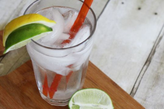 Lemon Lime Summer Soda Recipe. Perfect drink for kicking up your feet and relaxing this summer!