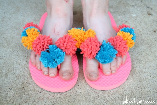 bright-pom-pom-flip-flops.jpg