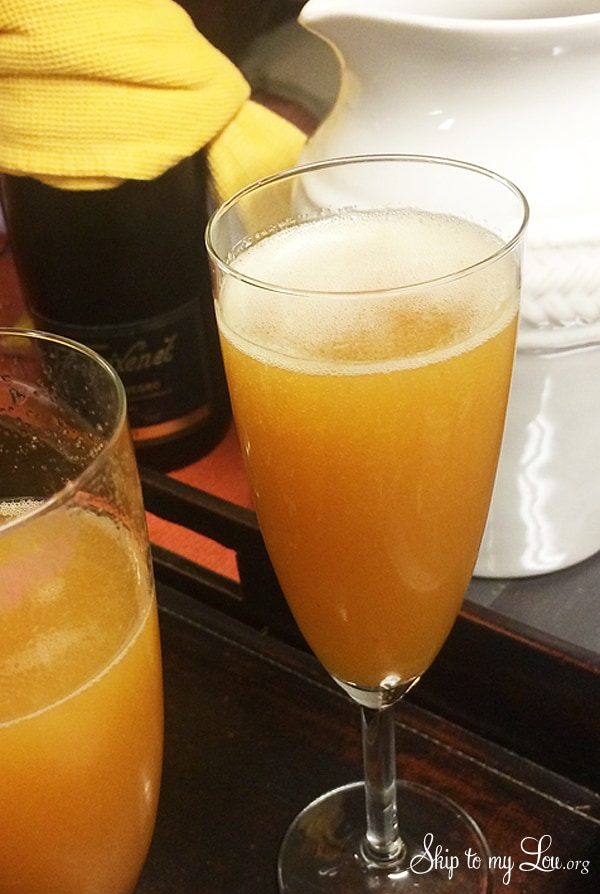 apple-cider-mimosa.jpg