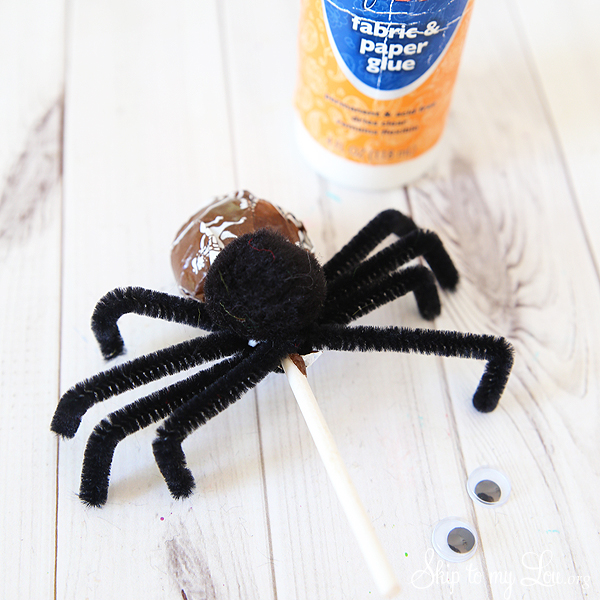 tootsie pop spider step 3