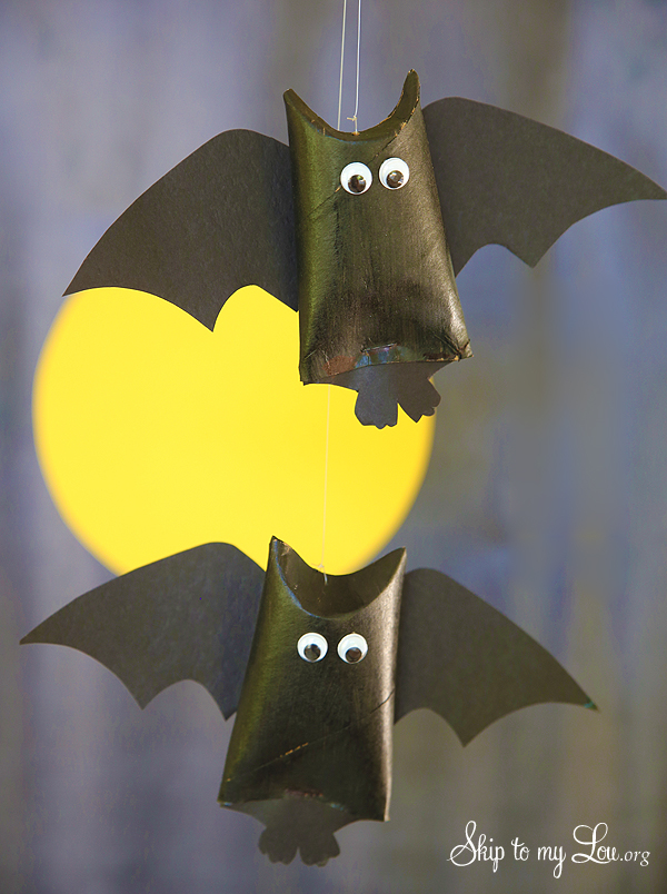 toilet paper roll hanging bat favor