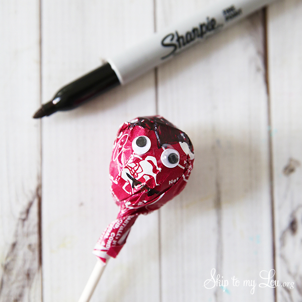tootsie pop with sharpie marker