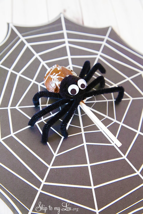 Tootsie Pop Pipe Cleaner Spider
