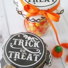 trick-or-treat-printable-jar-covers.jpg