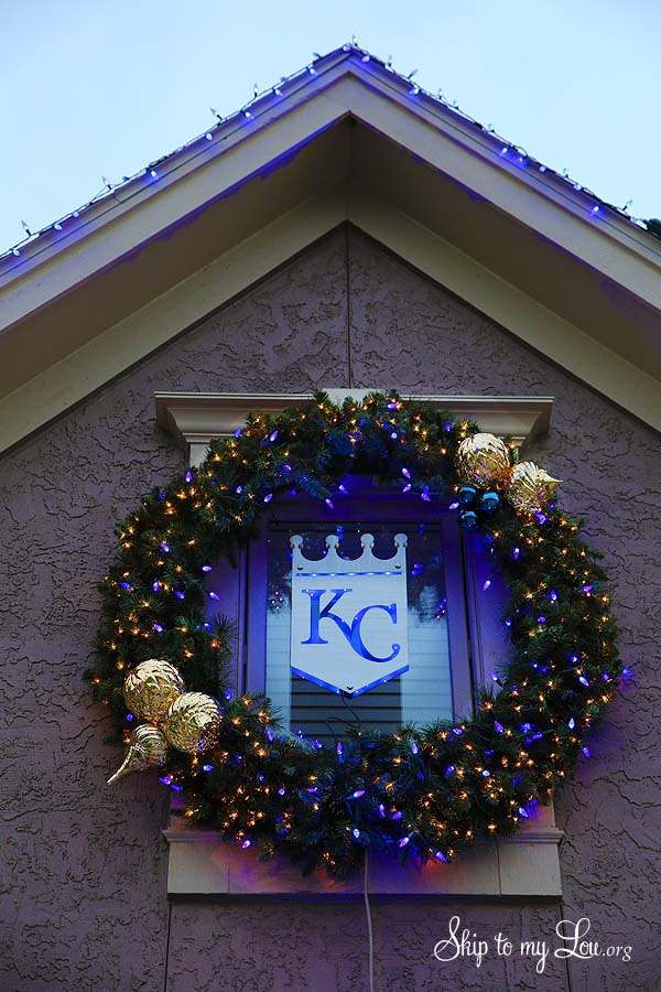 Royals wreath