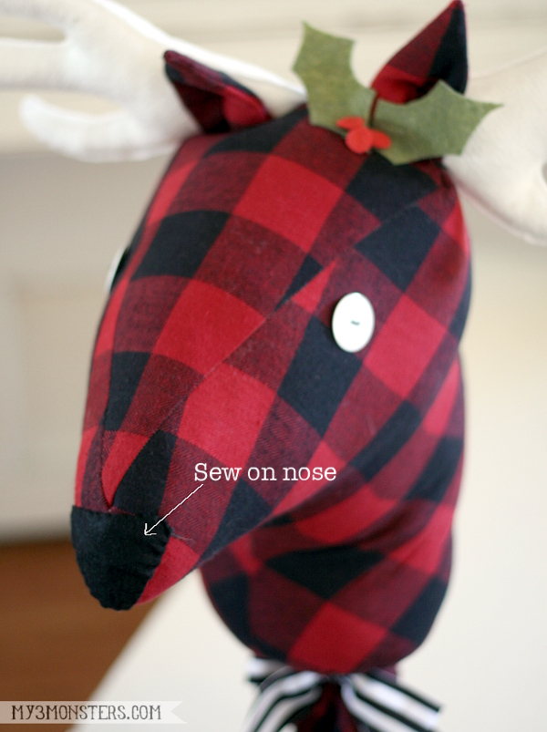 Stick Reindeer finishing details 2-600