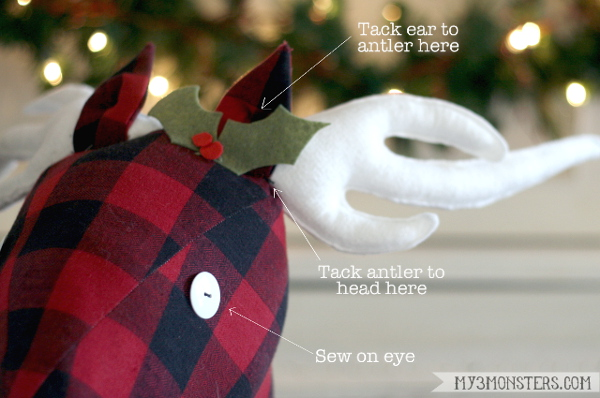 Stick Reindeer finishing details-600