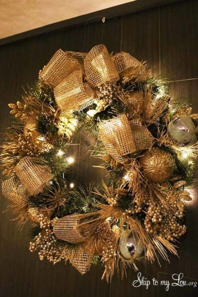 beautiful-Holiday-Wreath.jpg