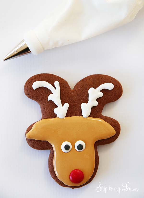 reindeer cookie add antlers