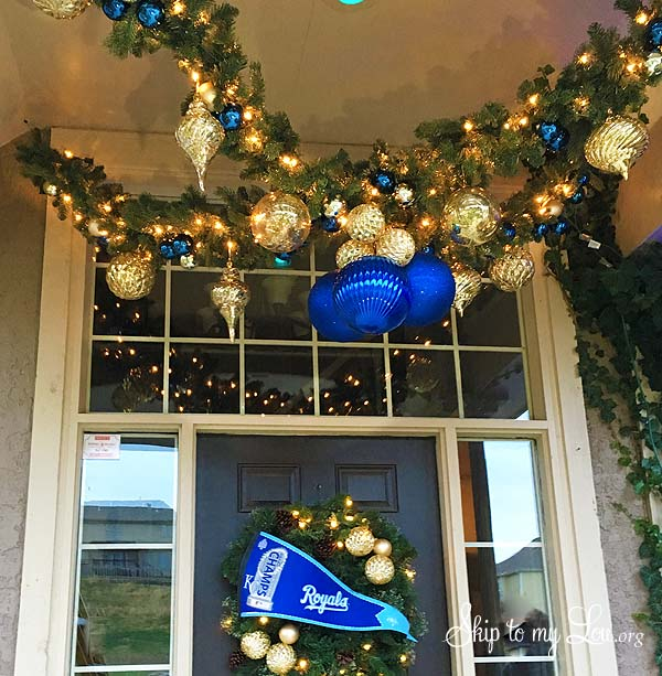 royals porch garland