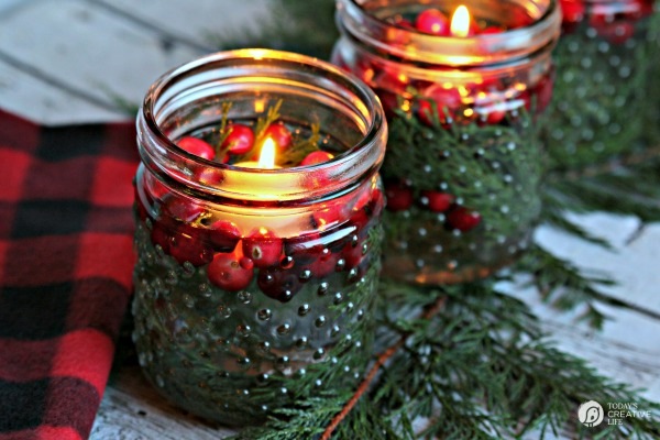 Easy-Holiday-Table-Decor-TodaysCreativeLife.com-6