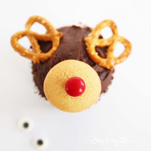 Reindeer cupcake instructions