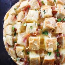 Cheesy-Bacon-Pull-Apart-Bread-7-2.jpg