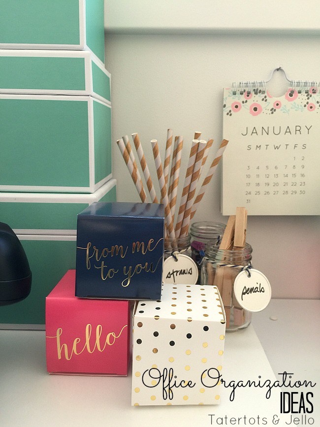 office-organizing-in-a-small-space-