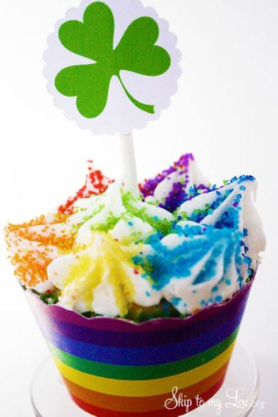 Shamrock-Cupcake-toppers-and-rainblow-wrappers.jpg