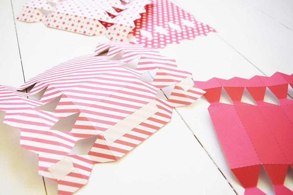 Valentine's Cracker - Glue