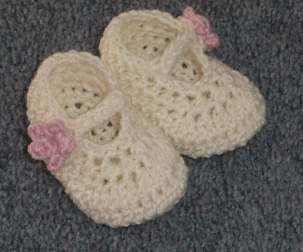 1658d00f64464 25 Cutest Free Crochet Baby Booties Patterns