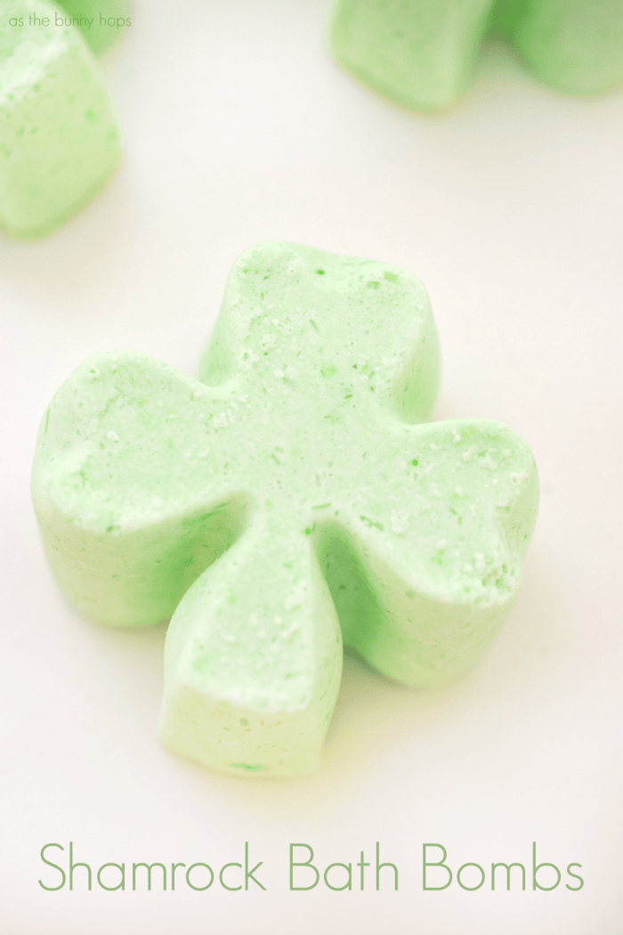 Shamrock-Bath-Bombs