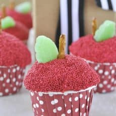 APPLE-CUPCAKES_-for-teacher-appreciation-week.jpg