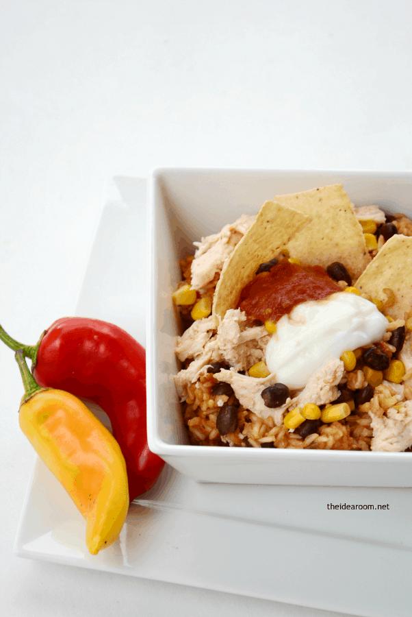 Slow-Cooker-Chicken-Burrito-Bowls-3
