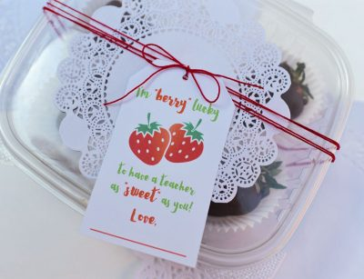 berry lucky gift tag