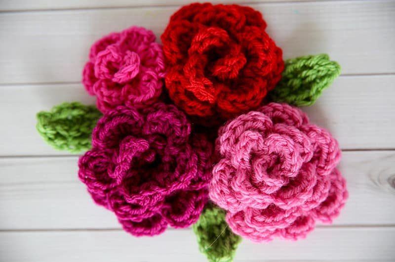dd483b6c652 Any of these flowers would make a great embellishment for one of these crochet  hat patterns. If you love to crochet here are more free crochet patterns  and ...