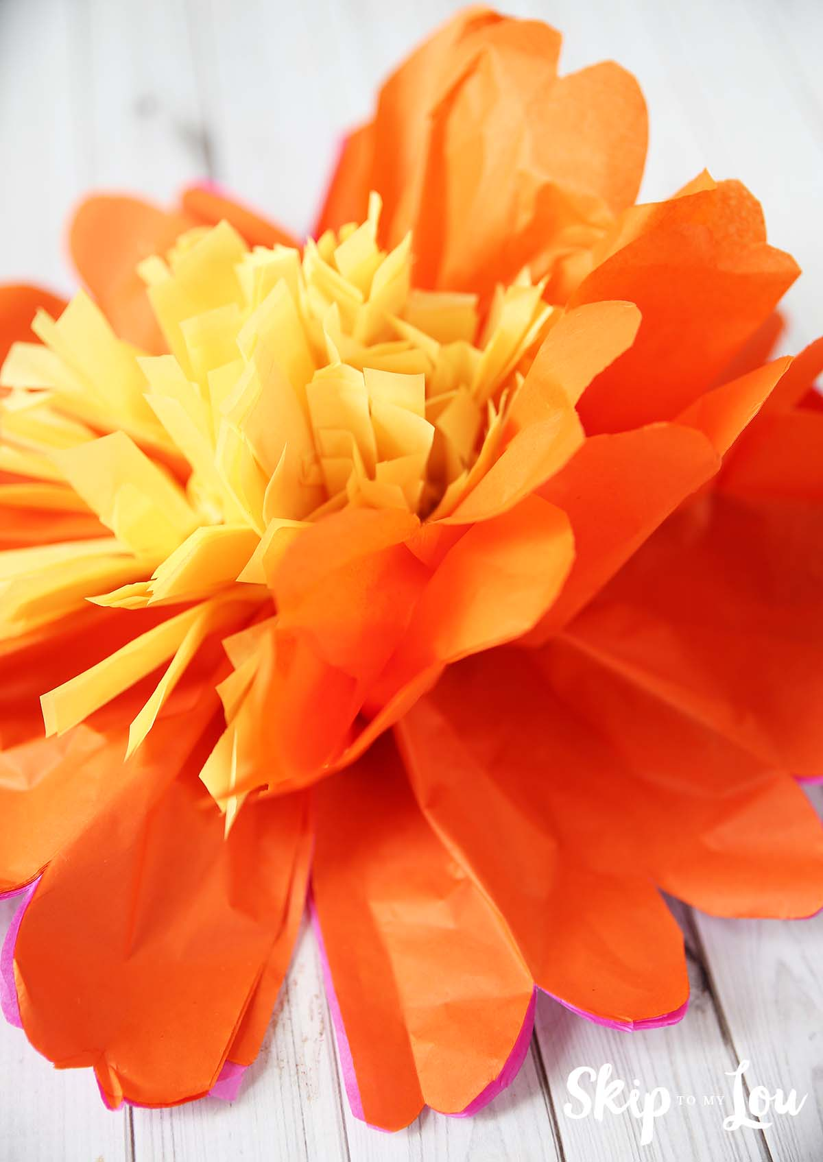 tissue paper flowers how to make