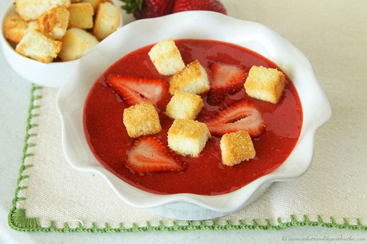 Strawberry-Soup-with-Angel-Food-Cake-Crutons-final