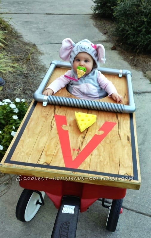 baby  in mouse trap costume