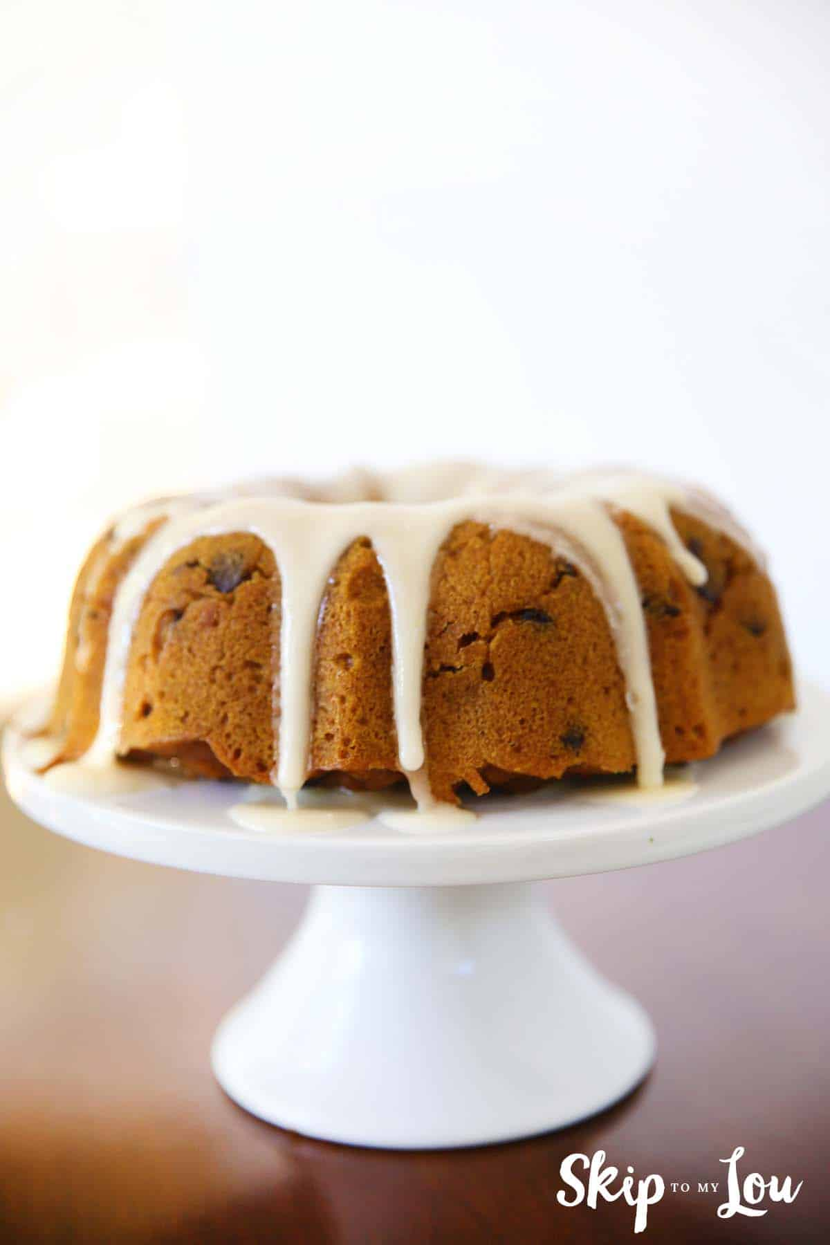 Pressure cooker pumpkin chocolate chip cake