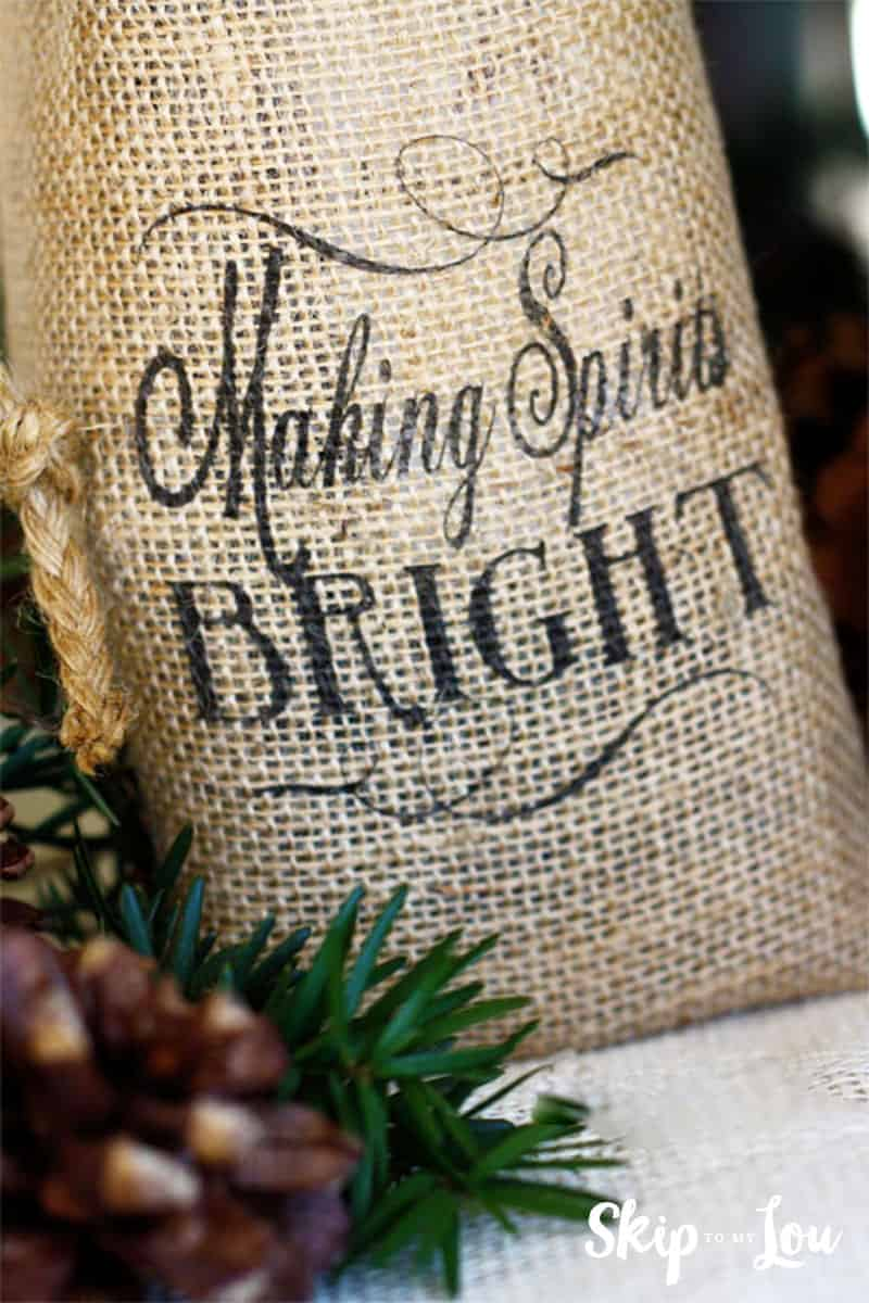 diy-printed-burlap-wine-bag