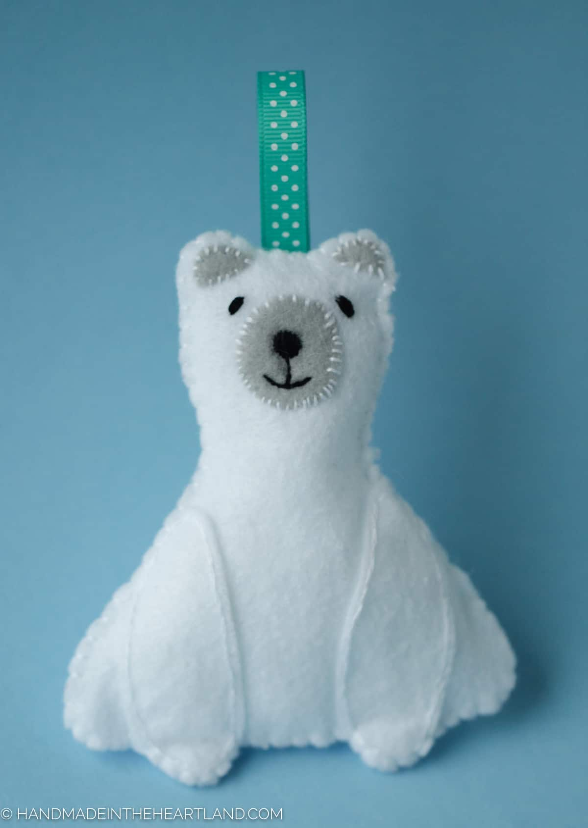 easy-polar-bear-ornament-large-2-of-3