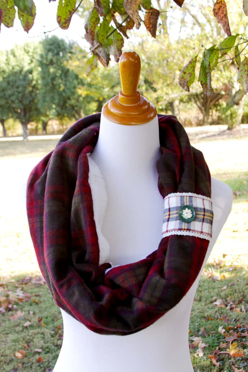 flannel-reversible-scarf