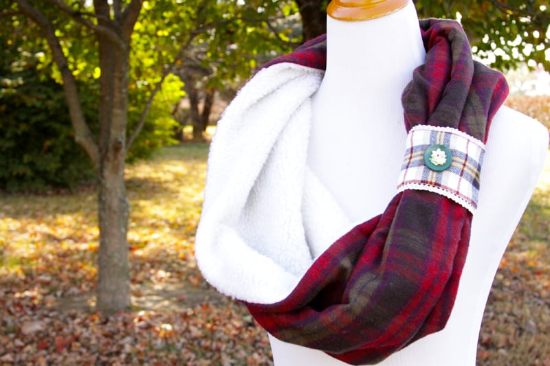 fleece-and-flannel-scarf-diy